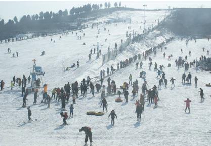 临沂茶山滑雪场